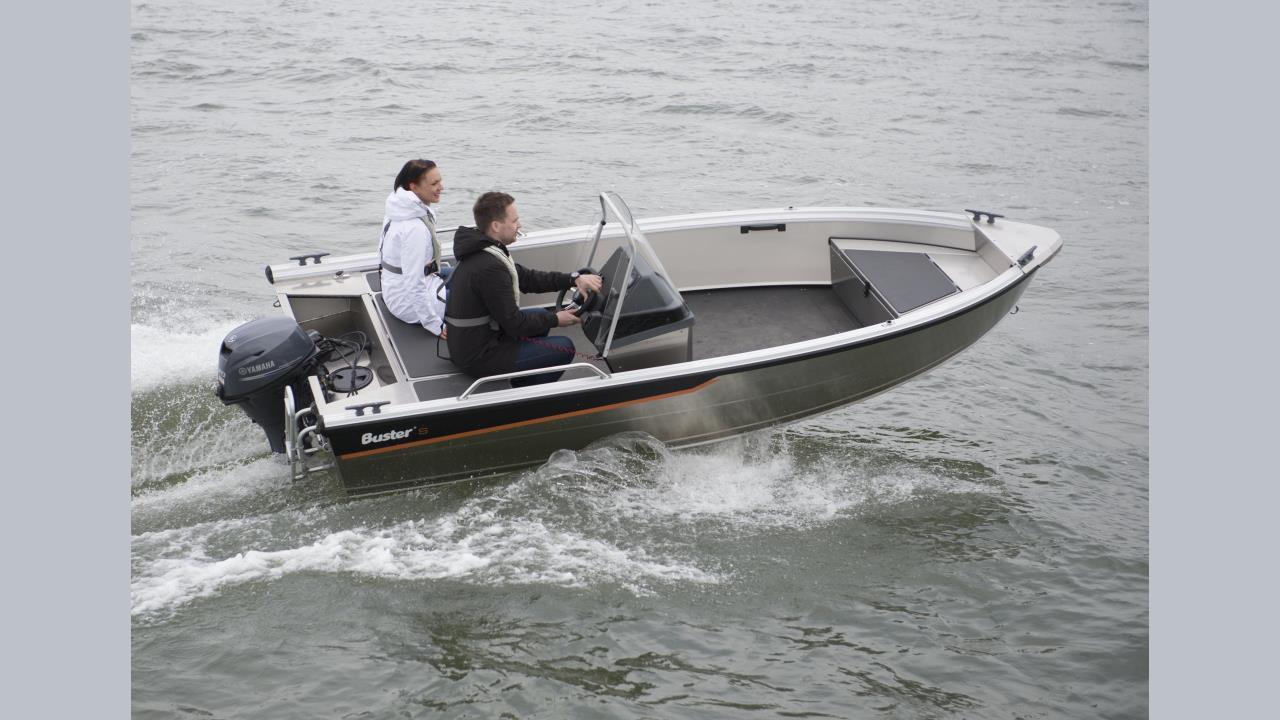 Buster S1-20 med Yamaha F25GEL