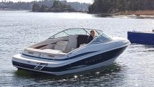 Maxum 2100 SC -2000. Mkt fin båt