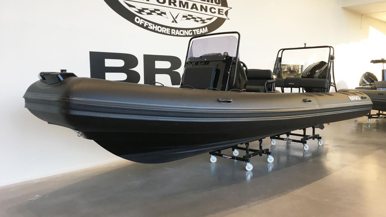 Brig Navigator 700P 2020