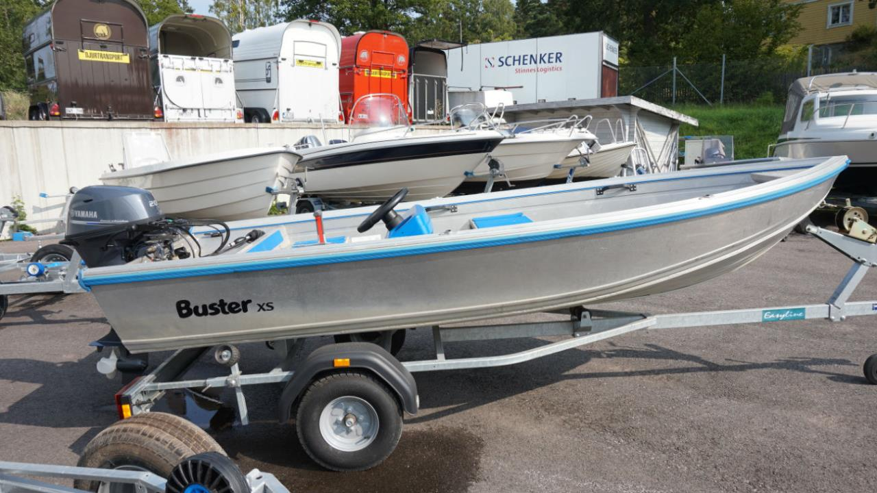Buster XSr-06 med NY Yamaha F20BEL