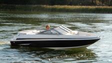 Larson 710 LX Bowrider -2011. 1 ägare. Hel+Hamnkapell