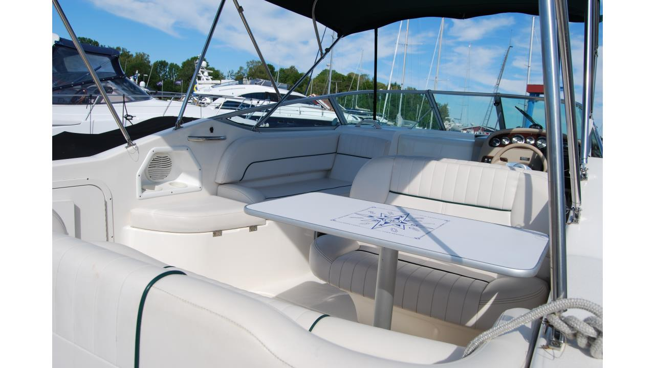 Chaparral 240 Signature 2000