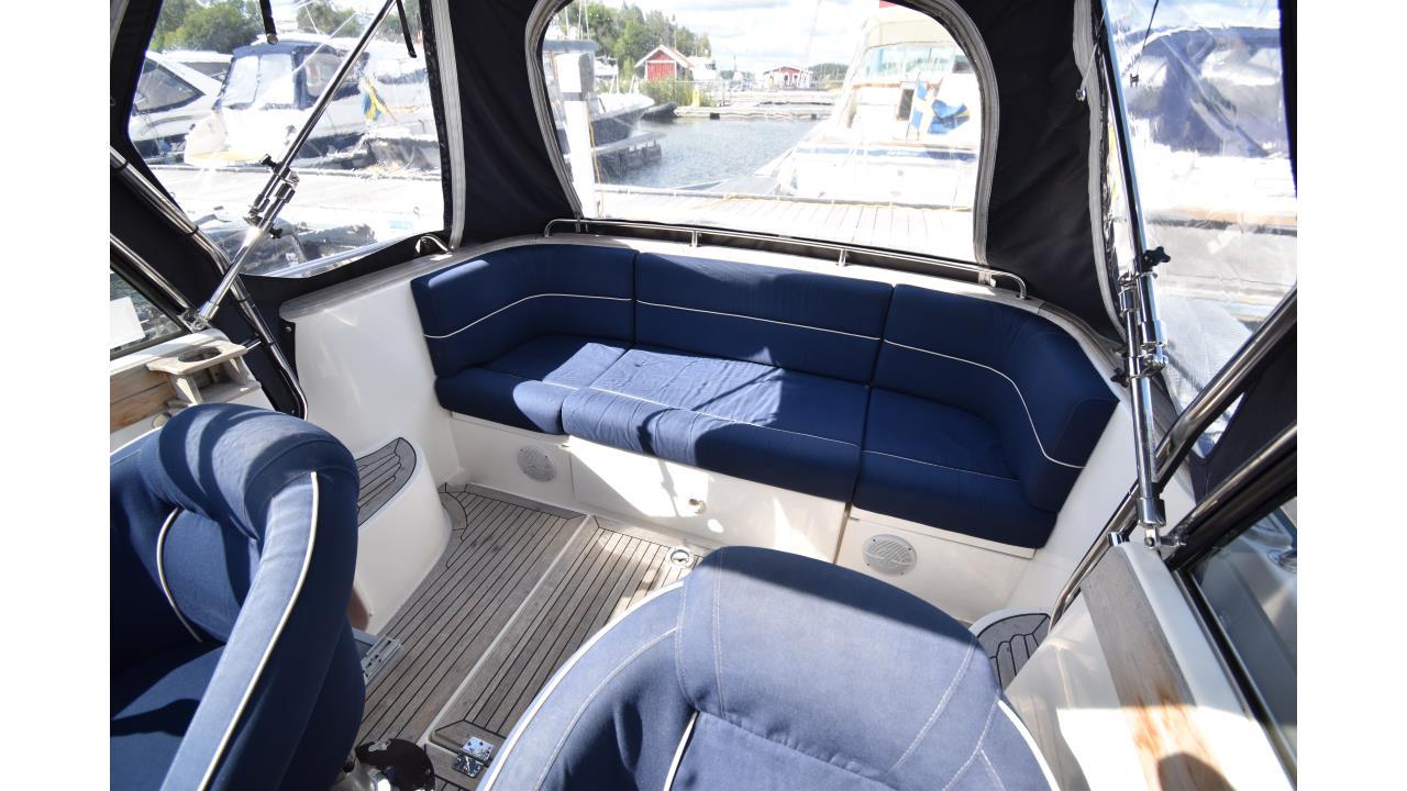 Aquador 23 WA 2004
