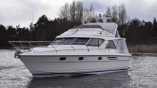 Princess 388 Flybridge. 2 st Cummins dieslar på 425 hk st från -2007