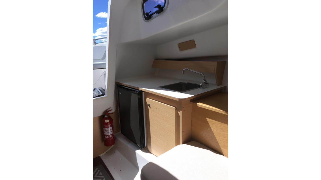 Beneteau Flyer 750 Sundeck 2012