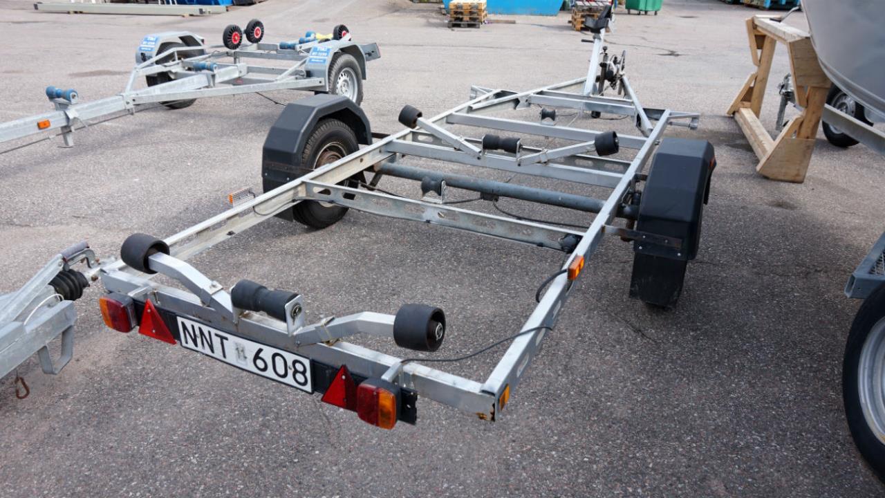Båttrailer 80km, maxlast 850kg
