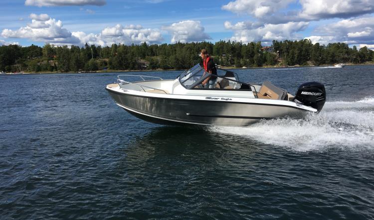 Silver Eagle BR, Mercury Verado 200HK